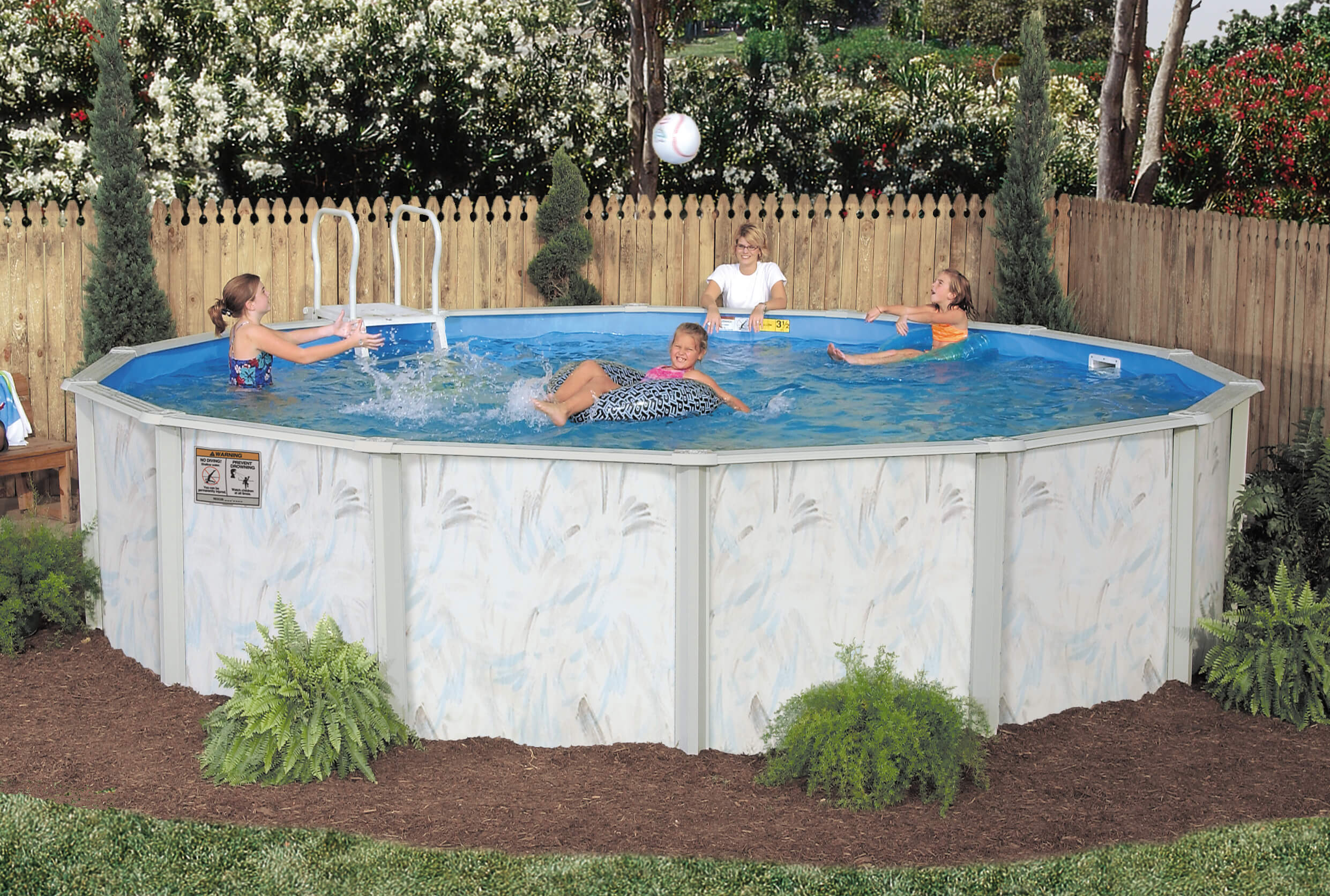 Above ground pool suppliers in spain round designs for Above ground pool manufacturers